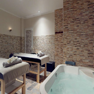 Luxury Living Spa